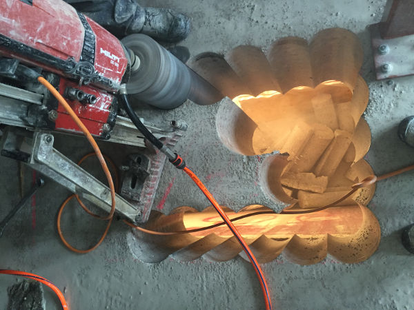 Bearbeitung von Beton: Ausschneiden